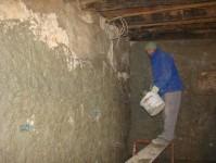 Miro plastering downstairs at Kovaci, Istria