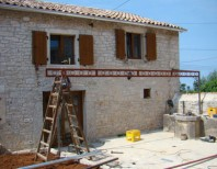 The pergolas that caused the problem in Kovaci, Istria