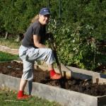Nicky digging the veg patch