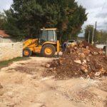 Installing main drains in Bonaci